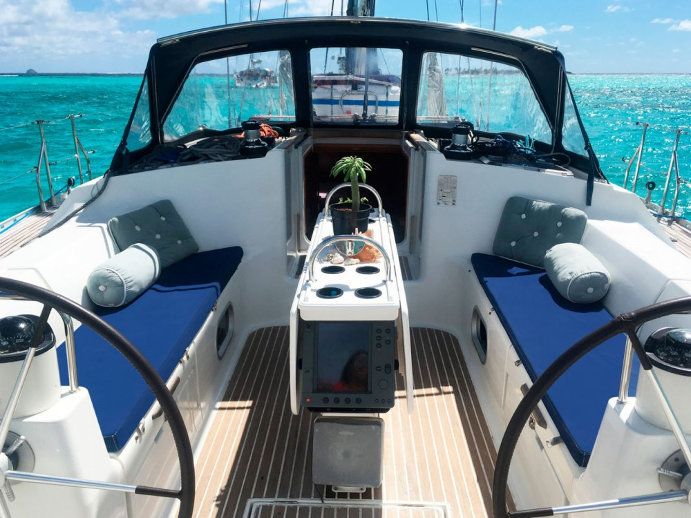 Boat rental Jeanneau Sun Odyssey 52.2 in Cannigione on Samboat