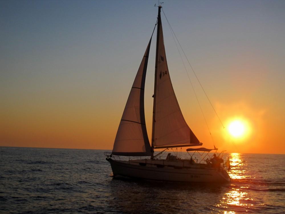 Rental Sailboat in Bari - Bavaria Bavaria 34