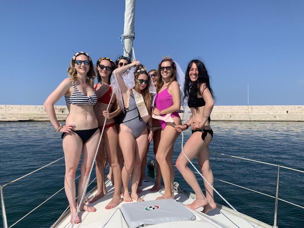 Boat rental Bavaria Bavaria 34 in Bari on Samboat