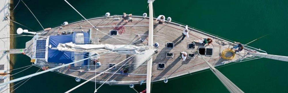 Rental Sailboat Nelson Yachts with a permit