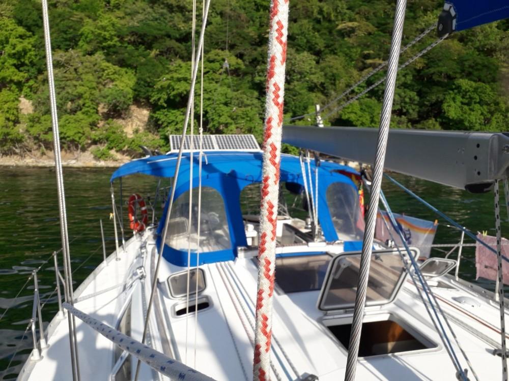 Rental yacht Le Gosier - Jeanneau Sun Odyssey  45.2 on SamBoat
