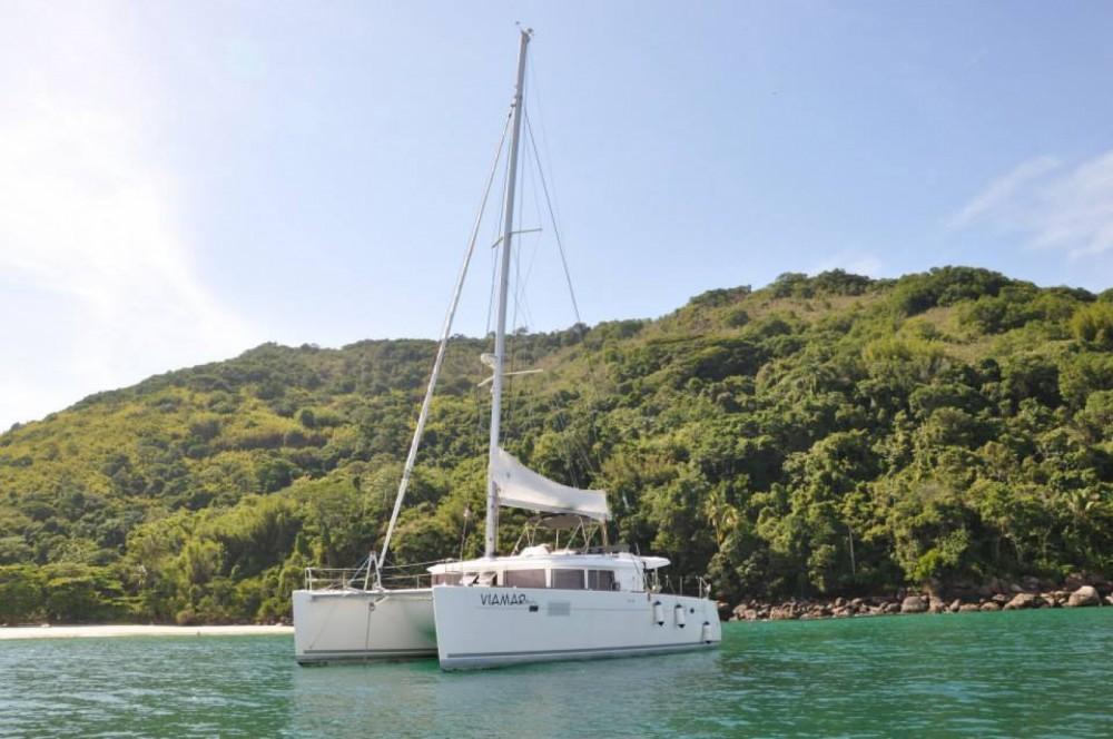 Rental Catamaran in Angra dos Reis - Lagoon Lagoon 450