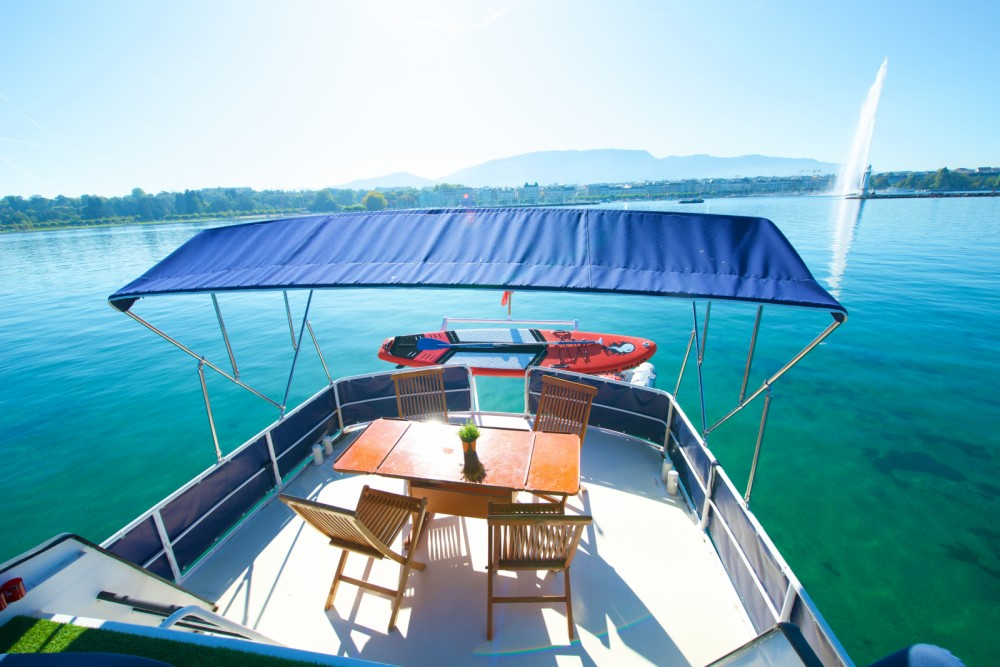 Yachts Altena  1250 super  between personal and professional Genève