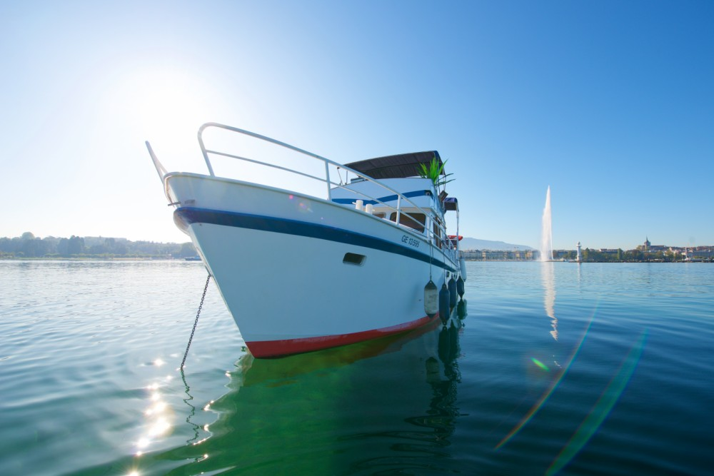 Hire Yacht with or without skipper Yachts Altena  Geneva