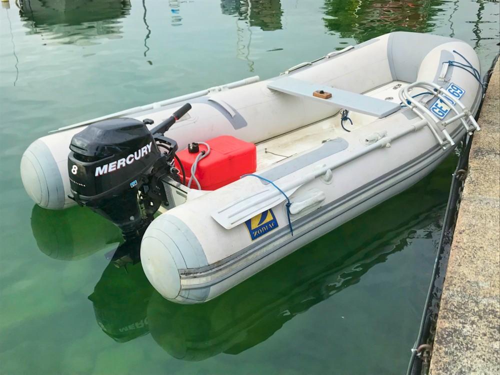 Boat rental Zodiac cadet 310 RIB  in Geneva on Samboat