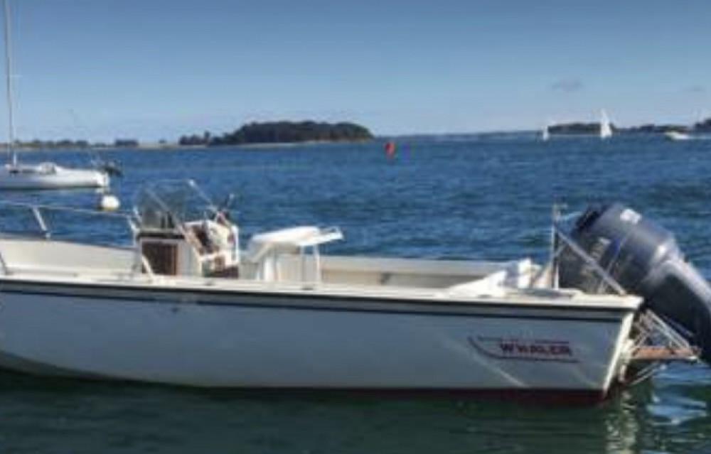 Rental Motor boat in Arradon - Boston Whaler Outrage 25