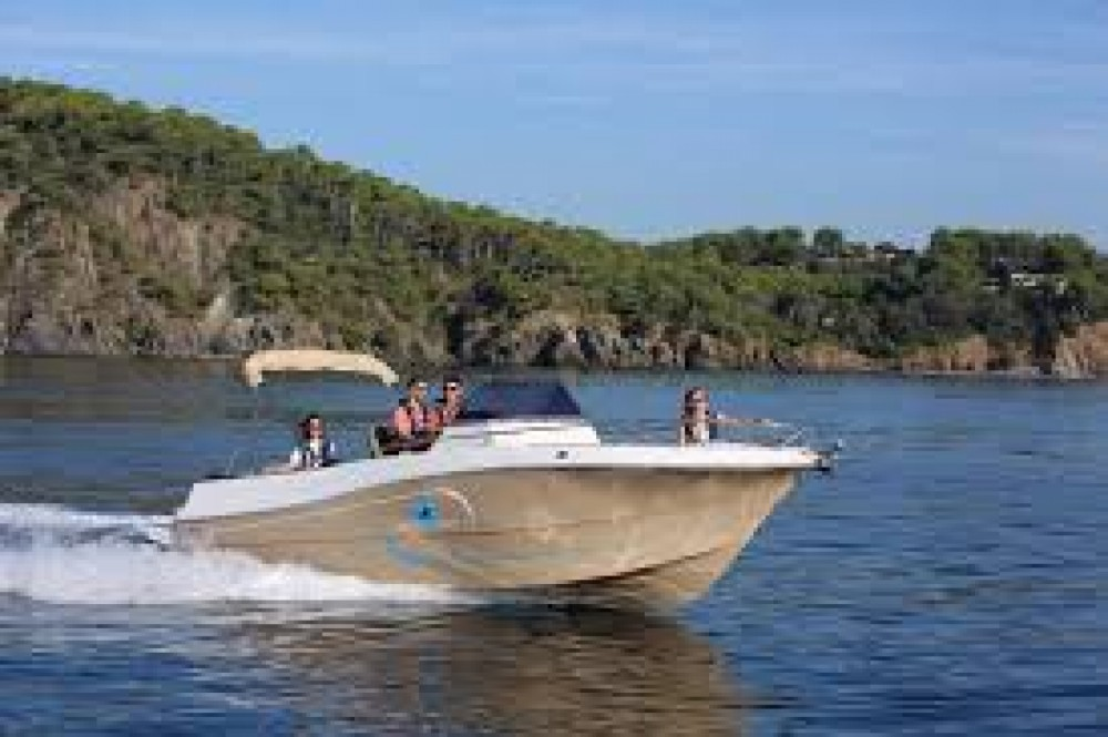 Hire Motor boat with or without skipper Pacific Craft Torroella de Montgrí