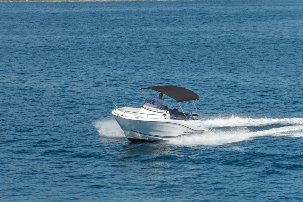 Boat rental Jeanneau Cap Camarat 6,5 in Trogir on Samboat