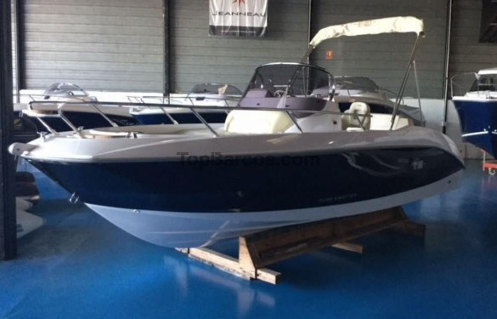 Motor boat for rent Torroella de Montgrí at the best price