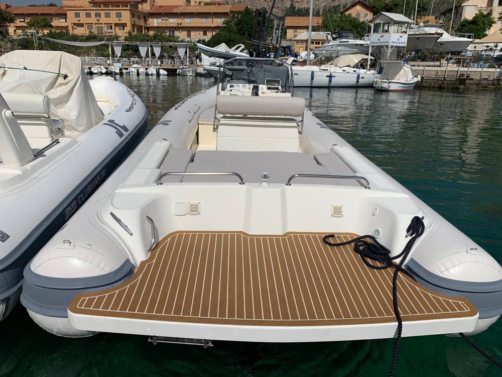 Boat rental Joker-Boat Clubman 26 in Palermo on Samboat