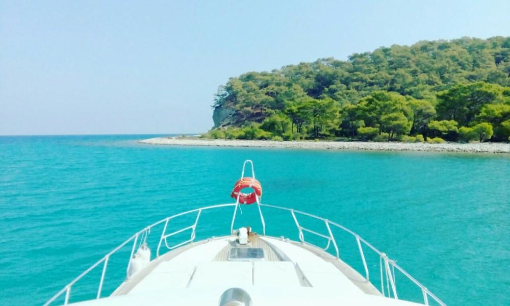 Boat rental Local Production 92 in Antalya on Samboat