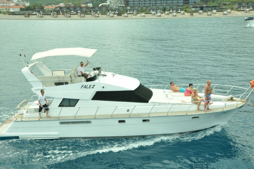 Motorboat for rent Antalya at the best price