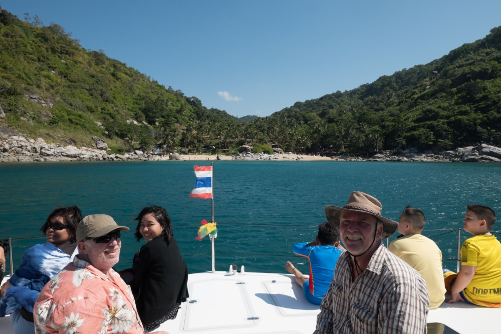 Hire Motorboat with or without skipper Stealth 38  Mueang Phuket