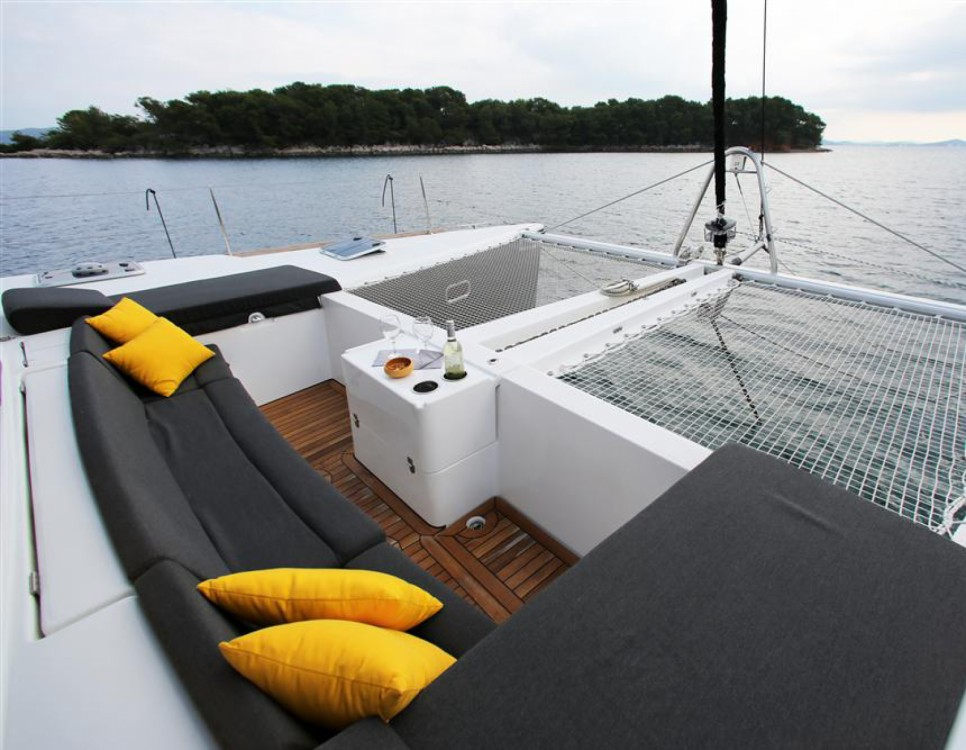 Rental yacht Lisbon - Lagoon Lagoon 450 F on SamBoat