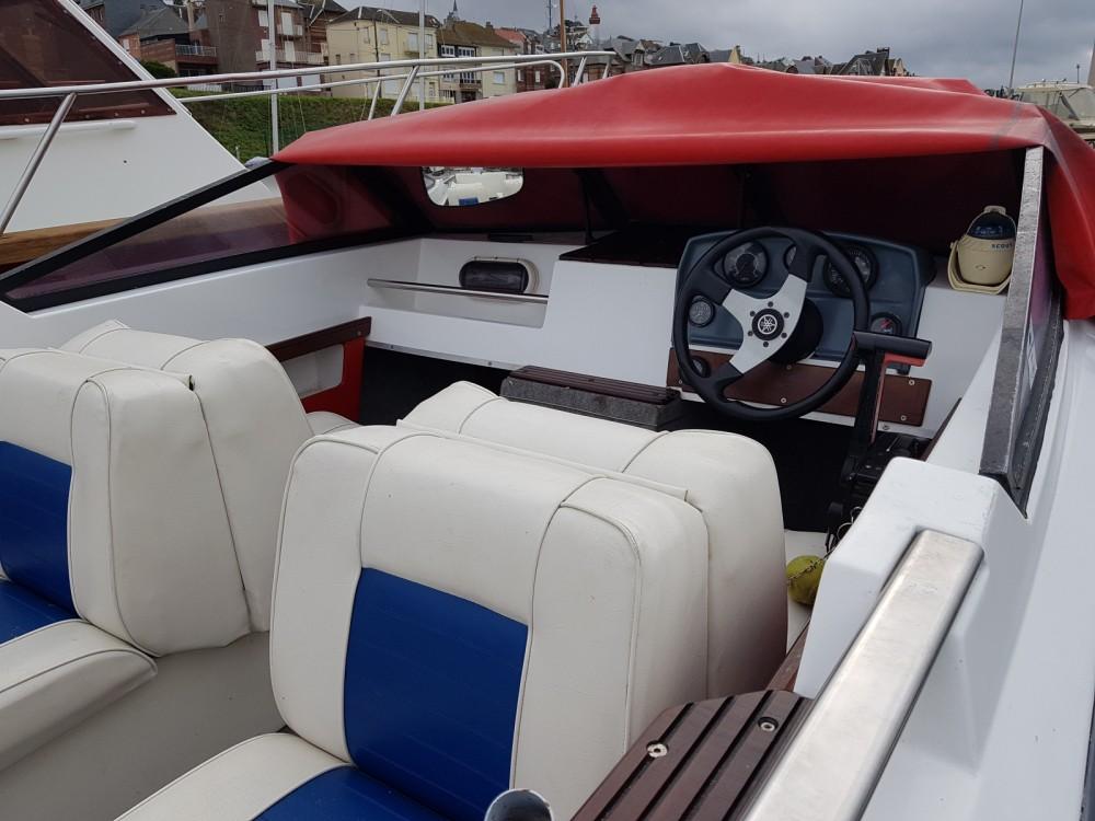 Rental Motor boat Jeanneau Djerba 4m70 with a permit