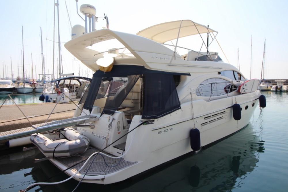 Boat rental Azimut Azimut 46 Fly in Antibes on Samboat