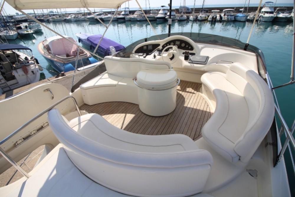 Rental Motor boat in Antibes - Azimut Azimut 46 Fly