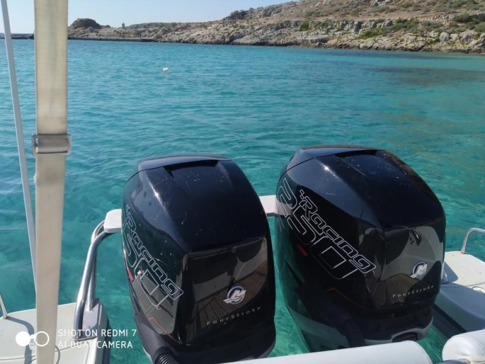 Boat rental Kissamos cheap sport cabin 95