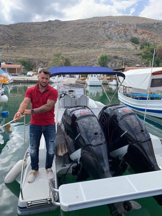 Rental yacht Kissamos - Skipper sport cabin 95 on SamBoat