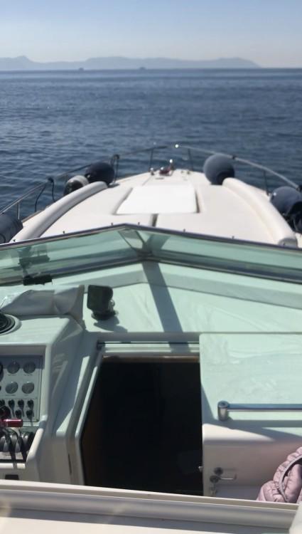 Boat rental Naples cheap 35