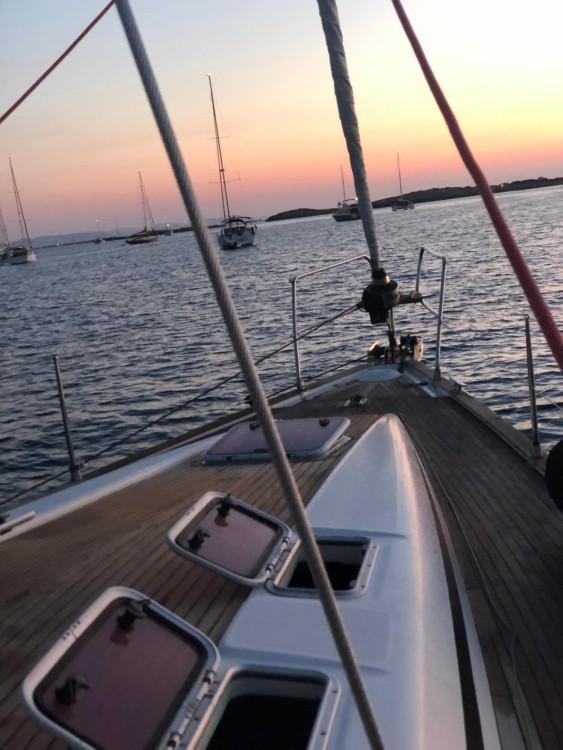 Boat rental Valencia cheap Bavaria 46 Cruiser