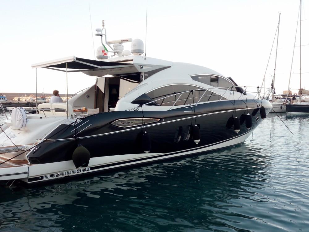 Rental Motorboat in San Nicola l'Arena - Sunseeker Predator 52