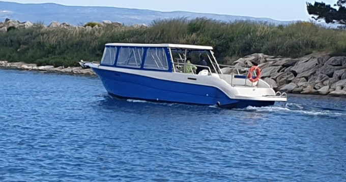 Rental Motorboat Enzo with a permit
