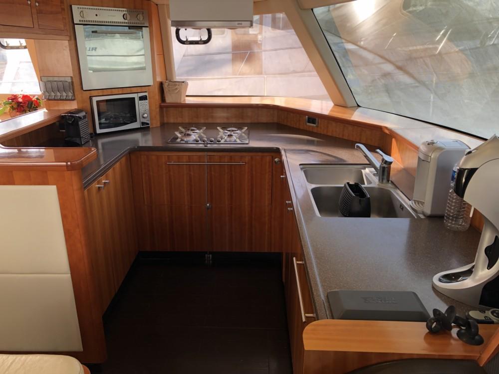 Boat rental Kontokali cheap Queensland 55