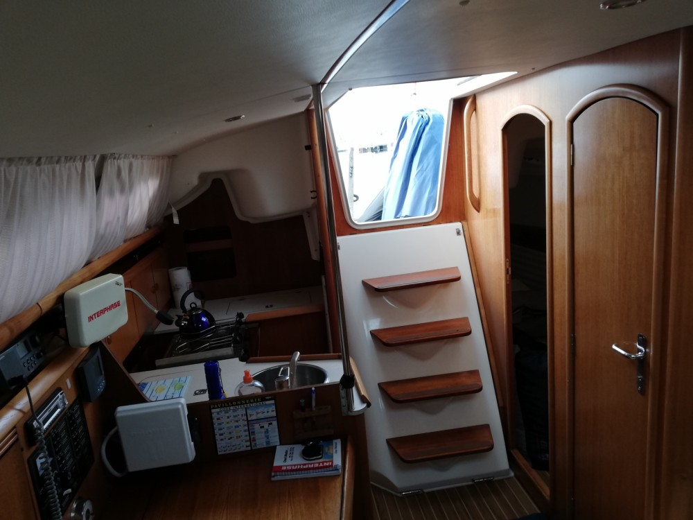 Jeanneau Sun Odyssey 32 between personal and professional Lorient