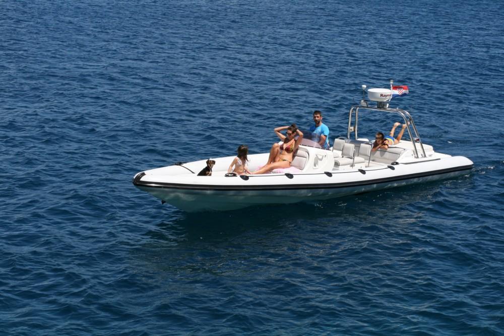 Rental yacht Split - Revenger Revenger29 on SamBoat