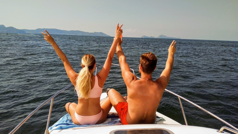Motor boat for rent Amalfi at the best price