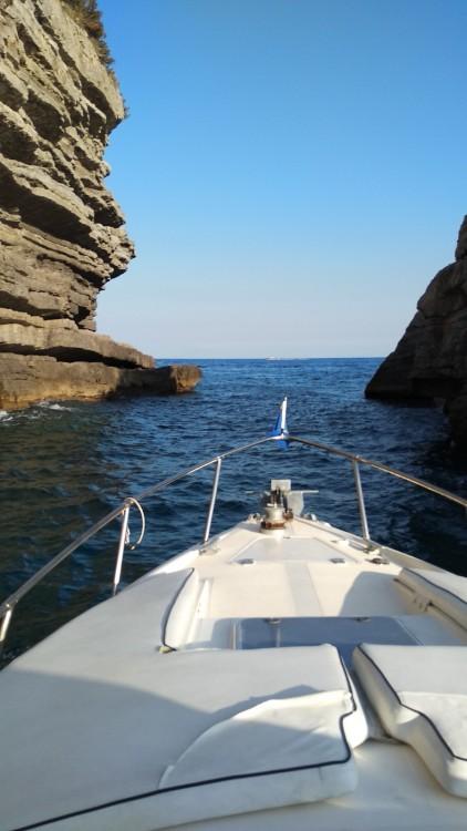 Boat rental Atlantis Laver 30 in Amalfi on Samboat
