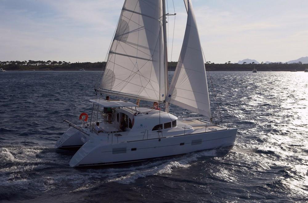 Boat rental Teva I Uta cheap Lagoon 380 S2