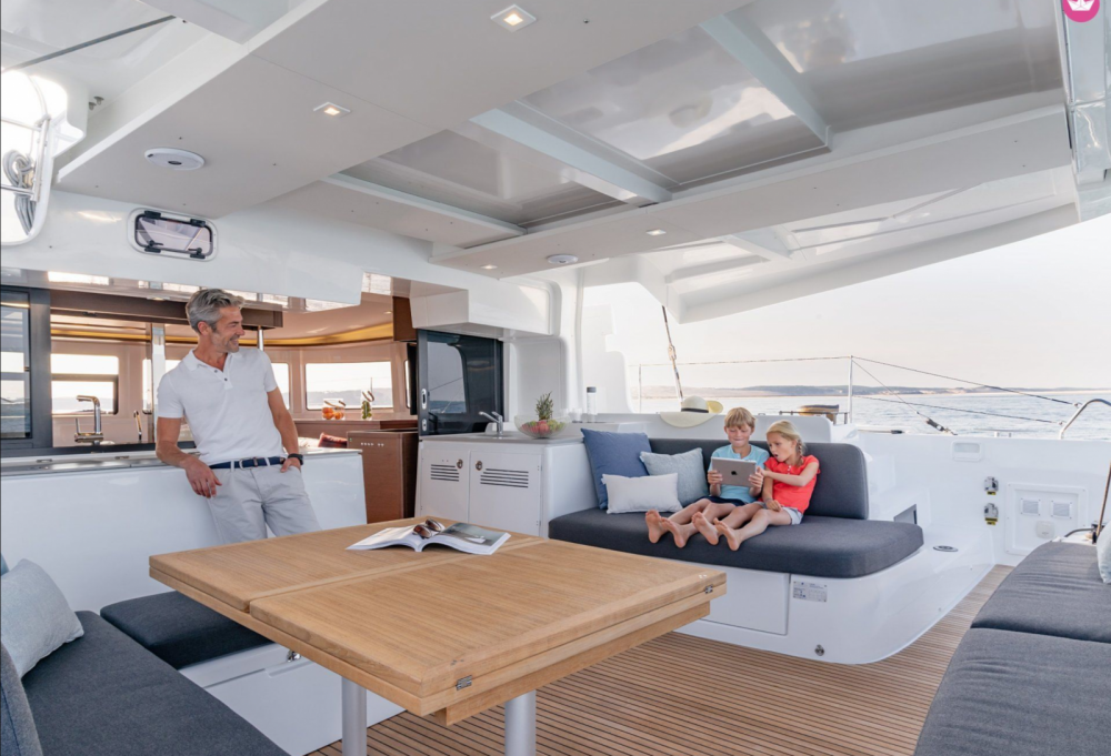Hire Catamaran with or without skipper Lagoon Isthintini/Stintino