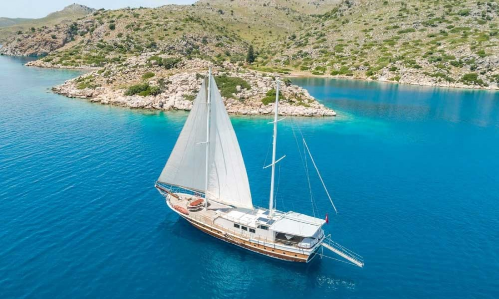 Rent a Gulet Ketch - Luxe Aegean Region