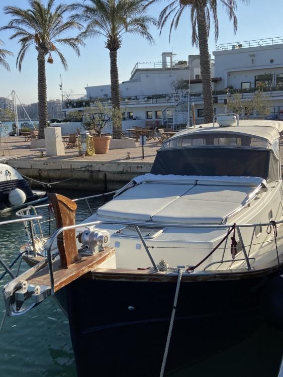 Menorquin-Yachts 100 open between personal and professional Bari
