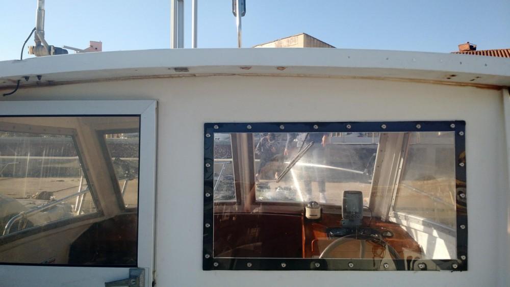 Boat rental Saint-Cyprien cheap ESTEOU 630