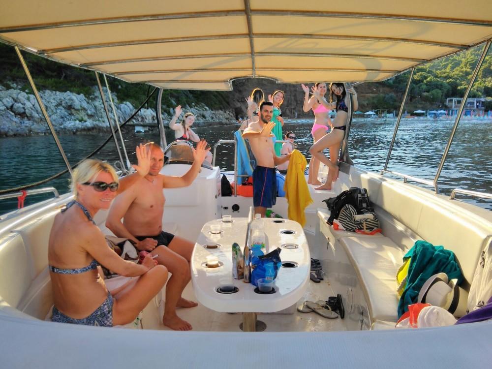 Boat rental Mercan Yachting 32 in Dubrovnik on Samboat