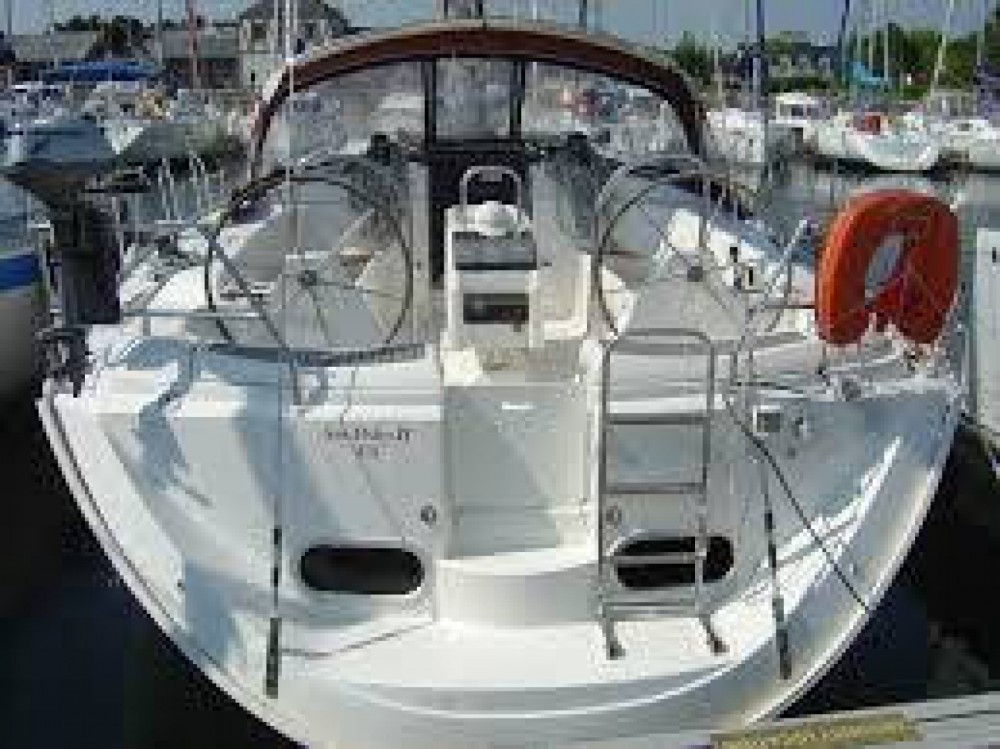 Hire Sailboat with or without skipper Dufour Nuuk