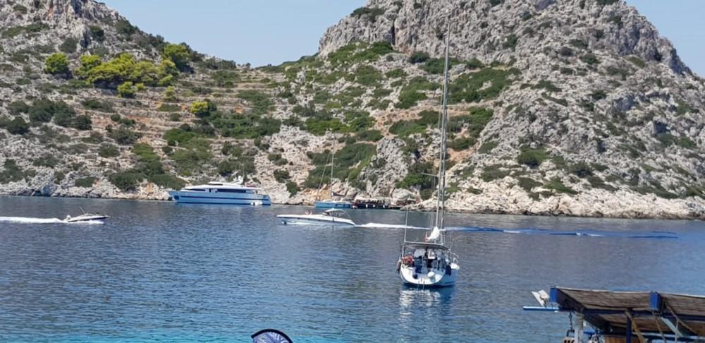 Rent a Bénéteau Cyclades 434 Salamina