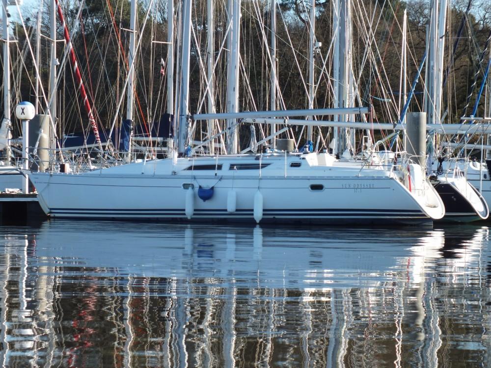 Boat rental Arzal cheap Sun Odyssey 37.1