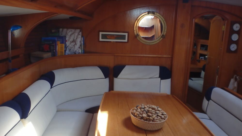 Jeanneau Sun Kiss 47 between personal and professional Agde
