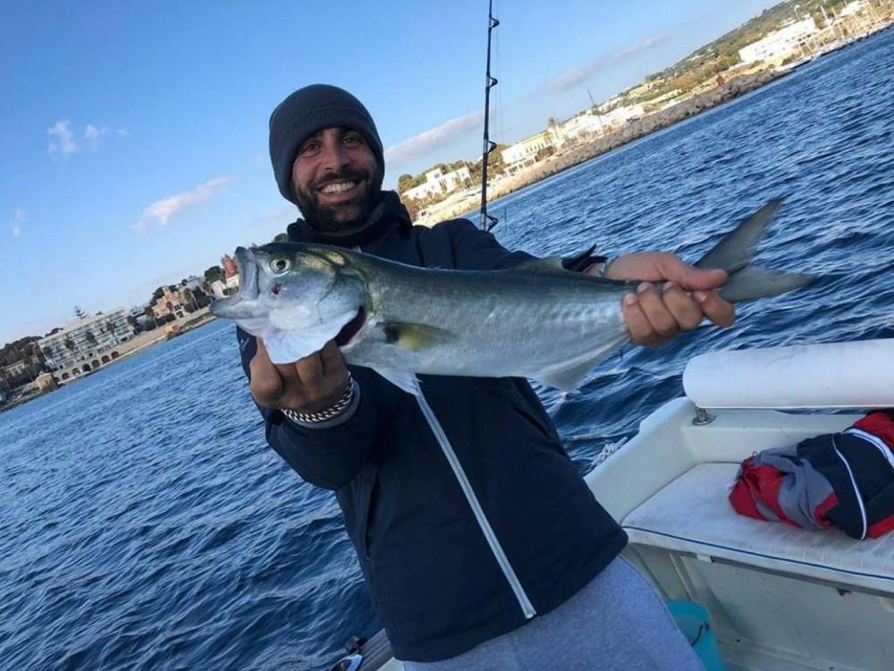 Boat rental Salve cheap fisherman