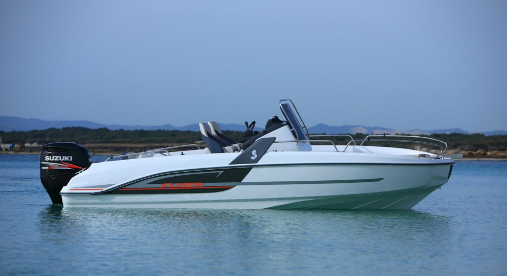 Bénéteau FLYER 6.6 SPACEDECK 175 cv between personal and professional Six-Fours-les-Plages