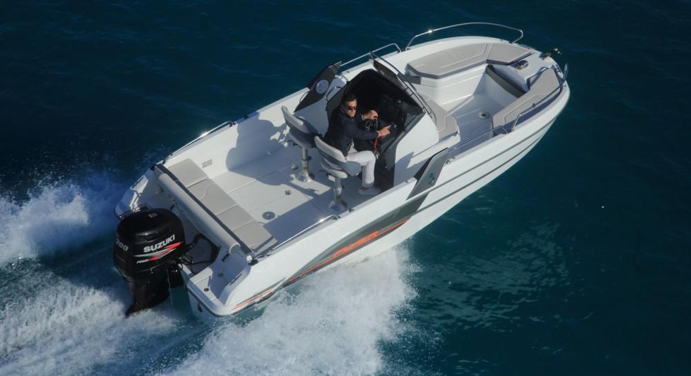 Rental yacht Six-Fours-les-Plages - Bénéteau FLYER 6.6 SPACEDECK 175 cv on SamBoat