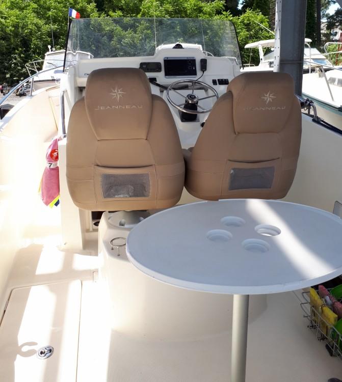 Boat rental Bayonne cheap Cap Camarat 7.5 CC