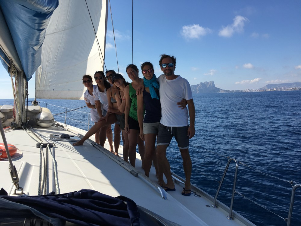 Sailboat for rent Dénia at the best price