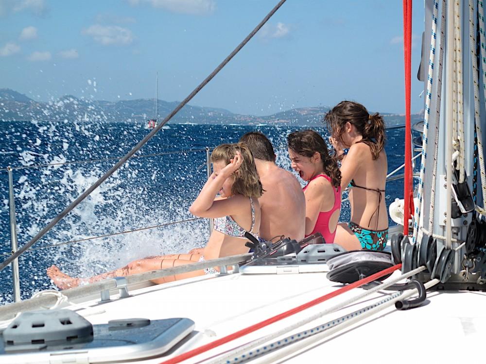 Rental Sailboat in Dénia - Bénéteau Cyclades 50.5