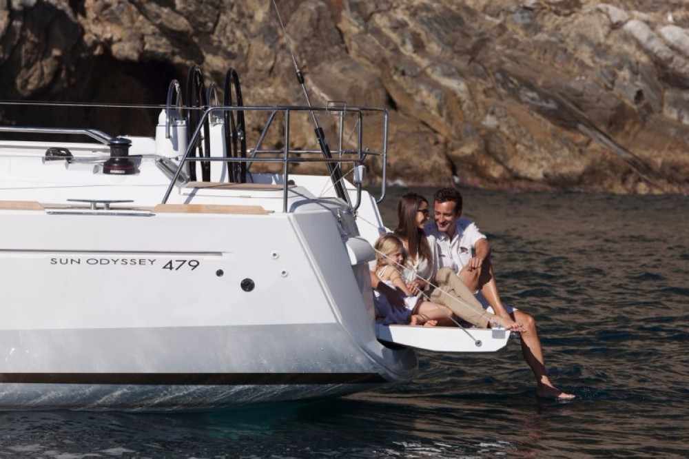 Jeanneau Sun Odyssey 47 between personal and professional Greece