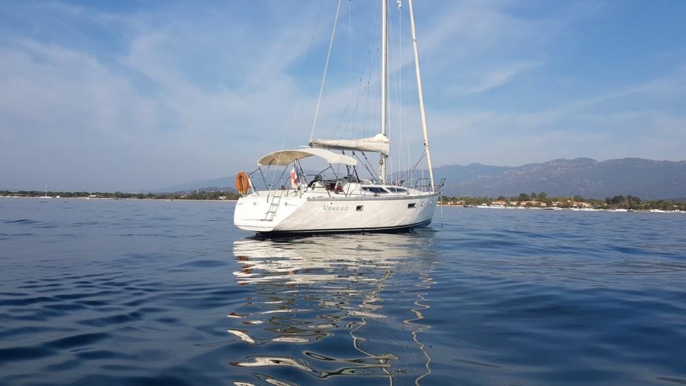 Sailboat for rent Sari-Solenzara at the best price